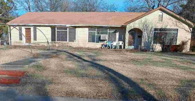 703 S Lafayette Street, Clarksville, TX 75426 (#14522009) :: Homes By Lainie Real Estate Group