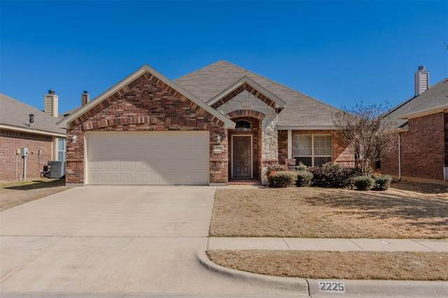 2225 Kaitlyn Drive, Weatherford, TX 76087 (MLS #14522232) :: Real Estate By Design