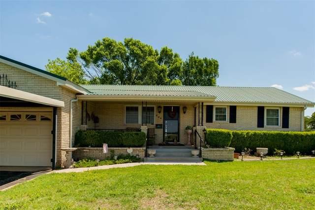 924 N Main Street, Springtown, TX 76082 (MLS #14522306) :: Trinity Premier Properties