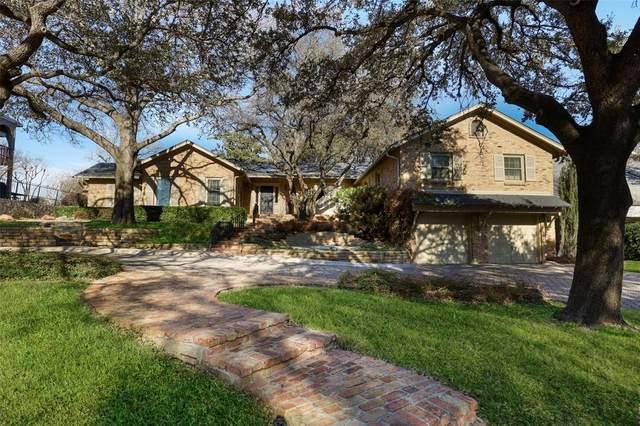 3819 Cabeza De Vaca Circle, Irving, TX 75062 (MLS #14522398) :: The Kimberly Davis Group