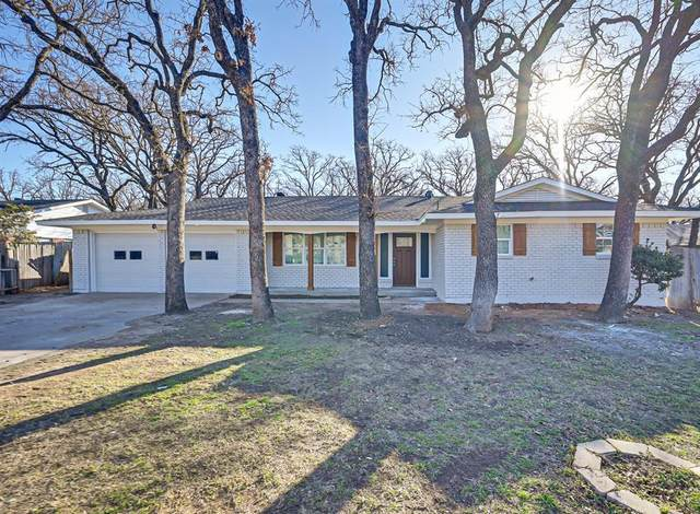 6417 Yorkshire Drive, Forest Hill, TX 76119 (MLS #14522471) :: Post Oak Realty