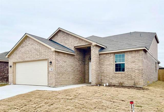 313 Lead Creek Drive, Fort Worth, TX 76131 (#14522776) :: Homes By Lainie Real Estate Group