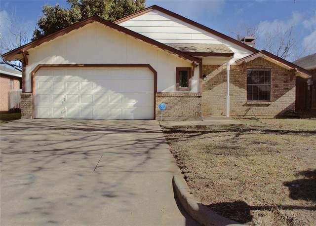 705 Nightingale Circle, Mansfield, TX 76063 (MLS #14523291) :: The Kimberly Davis Group