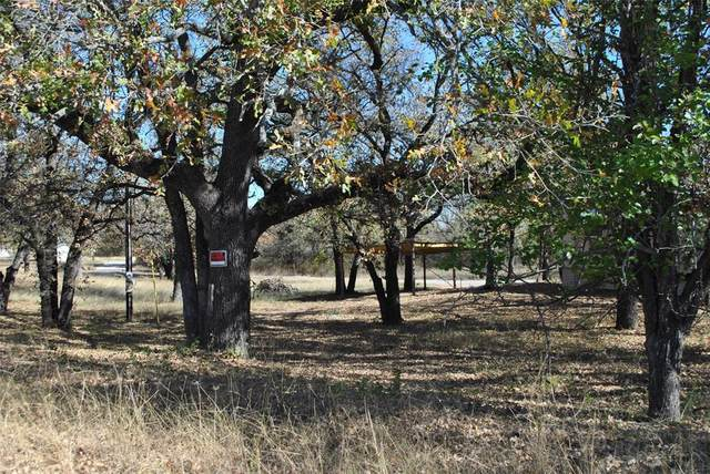 240 Circle Drive, Comanche, TX 76442 (#14523300) :: Homes By Lainie Real Estate Group