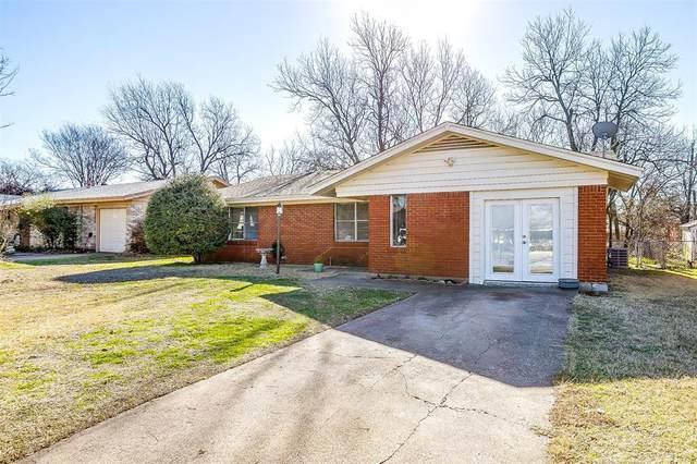 1309 Manor Drive, Cleburne, TX 76033 (MLS #14523443) :: Justin Bassett Realty