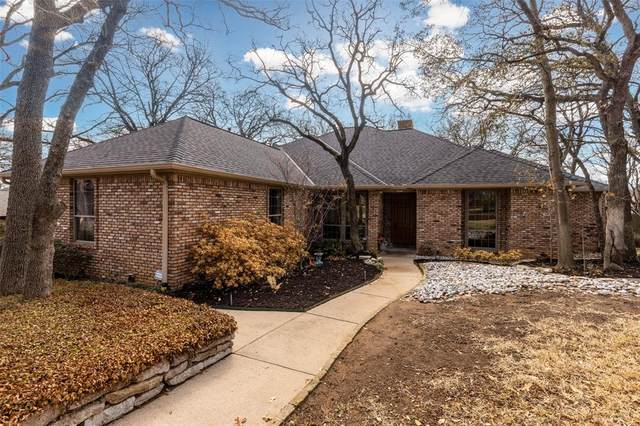 1804 Wimbleton Drive, Bedford, TX 76021 (MLS #14523534) :: EXIT Realty Elite