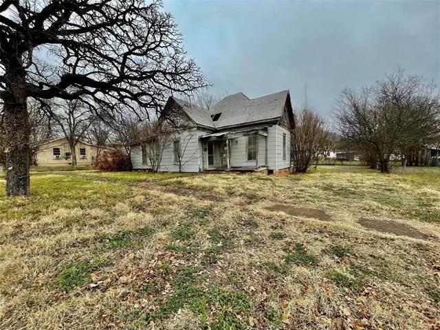 214 6th Avenue, Mineral Wells, TX 76067 (MLS #14523614) :: RE/MAX Landmark