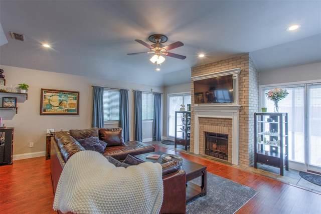 2623 Mccart Avenue, Fort Worth, TX 76110 (MLS #14523986) :: HergGroup Dallas-Fort Worth