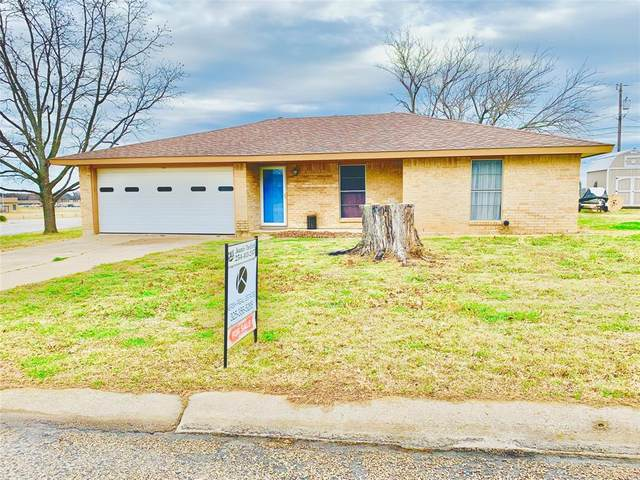 108 Gettysburg Drive, Comanche, TX 76442 (#14523998) :: Homes By Lainie Real Estate Group