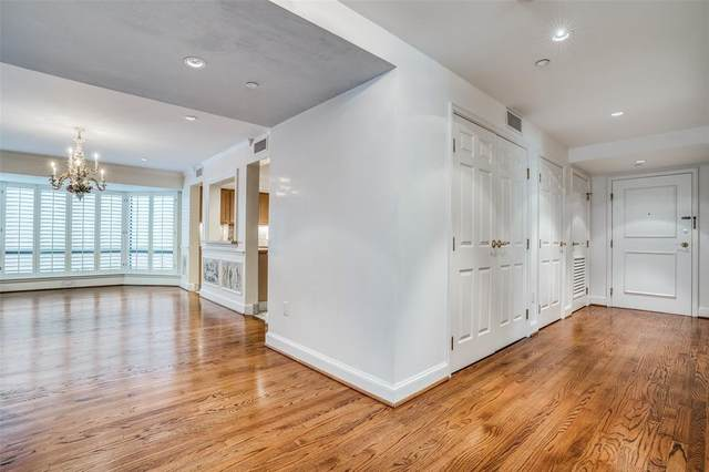 4242 Lomo Alto Drive N24, Highland Park, TX 75219 (MLS #14524025) :: Post Oak Realty