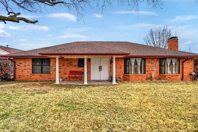 1100 County Road 123, Gainesville, TX 76240 (#14524121) :: Homes By Lainie Real Estate Group