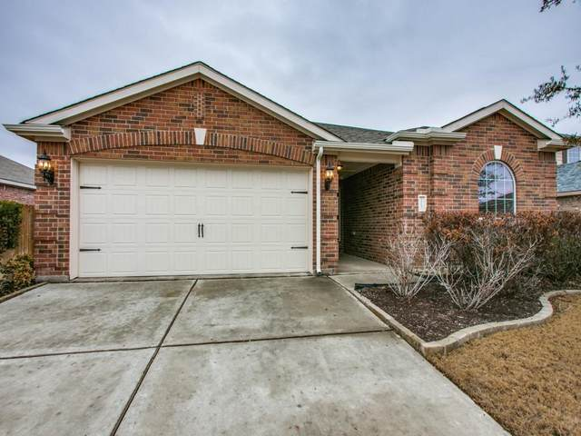 113 Kincaid Drive, Sanger, TX 76266 (MLS #14524228) :: Lisa Birdsong Group   Compass