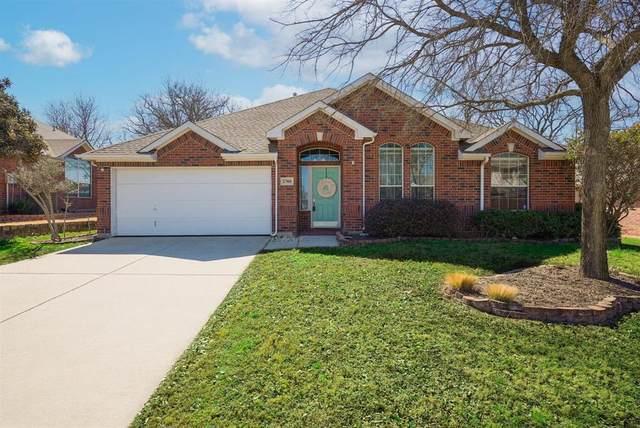 2708 Warwick Drive, Corinth, TX 76210 (MLS #14524261) :: Feller Realty
