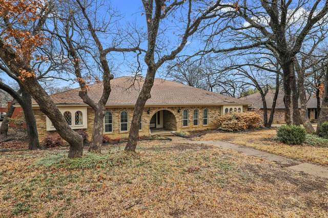 4615 Hillside Drive, Arlington, TX 76013 (#14524314) :: Homes By Lainie Real Estate Group