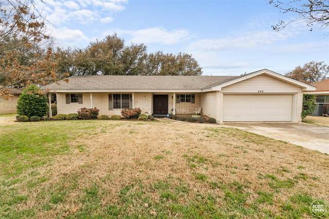309 Lori Lane, Brownwood, TX 76801 (#14524487) :: Homes By Lainie Real Estate Group