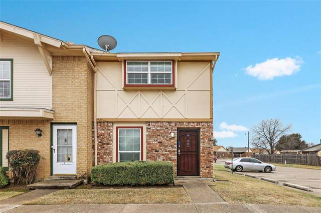 92 E Mountain Creek Court #1, Grand Prairie, TX 75052 (MLS #14524612) :: RE/MAX Landmark