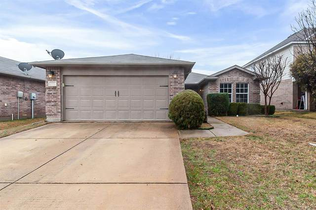532 Lead Creek Drive, Fort Worth, TX 76131 (#14524636) :: Homes By Lainie Real Estate Group