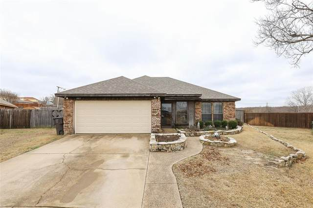 10217 Little Fox Court, Fort Worth, TX 76108 (MLS #14524709) :: The Property Guys