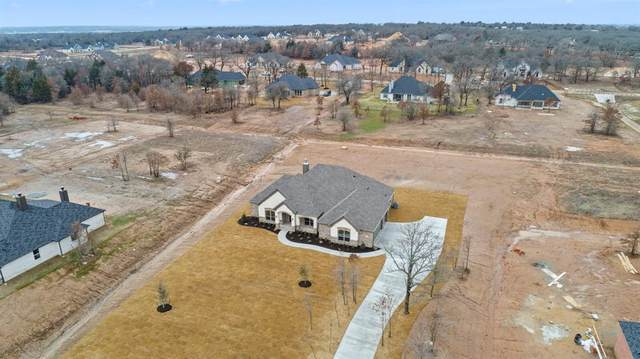 2025 Forest Bluff Trail, Azle, TX 76020 (MLS #14524712) :: Justin Bassett Realty