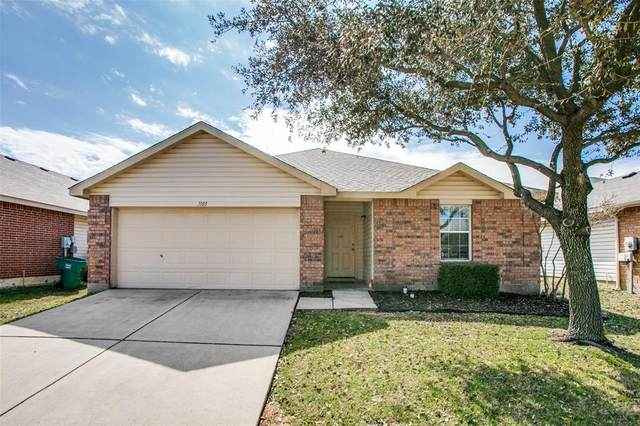 1105 Eagle Claw Drive, Fort Worth, TX 76052 (MLS #14525091) :: The Property Guys
