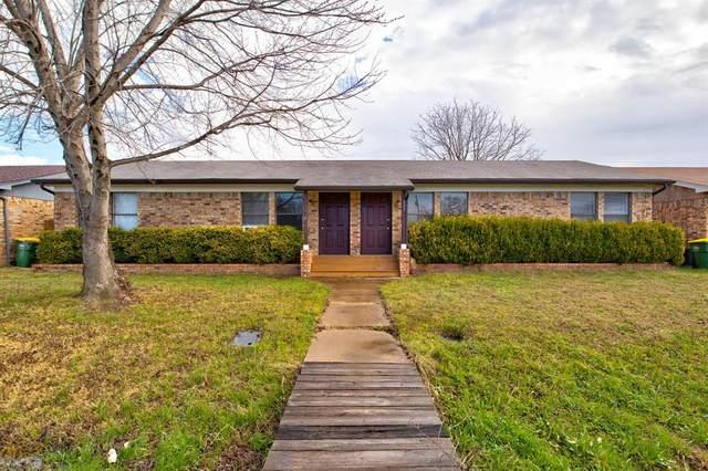 950 Meadowlark Circle, Granbury, TX 76049 (MLS #14525140) :: All Cities USA Realty