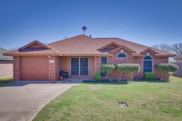 116 Meadow Ridge Drive, Venus, TX 76084 (MLS #14525871) :: Team Tiller