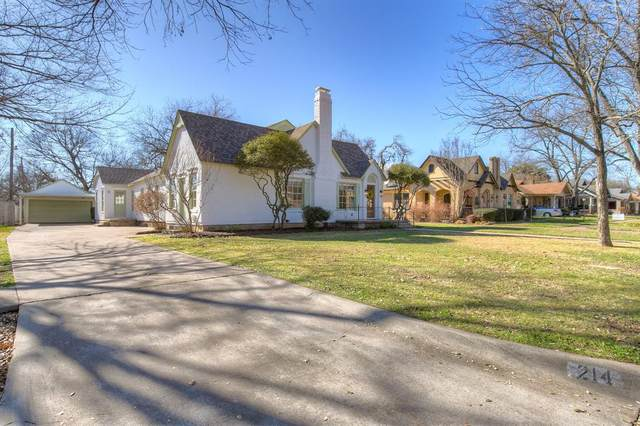 214 Bellevue Drive, Cleburne, TX 76033 (MLS #14525937) :: All Cities USA Realty