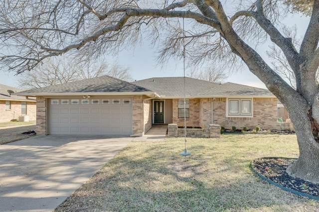 6824 Ridgetop Road, North Richland Hills, TX 76182 (MLS #14526241) :: The Kimberly Davis Group