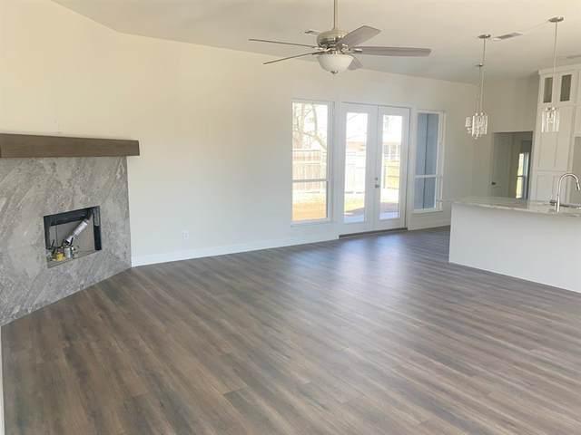 9108 Shoshone Trail, Flower Mound, TX 75022 (MLS #14526334) :: Robbins Real Estate Group