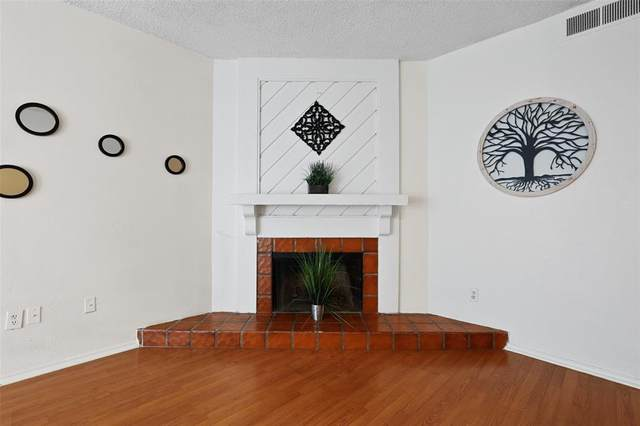9254 Forest Lane #703, Dallas, TX 75243 (MLS #14526380) :: The Kimberly Davis Group