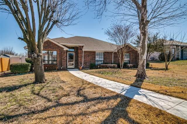 1812 Chippewa Trail, Mesquite, TX 75149 (MLS #14526482) :: Robbins Real Estate Group