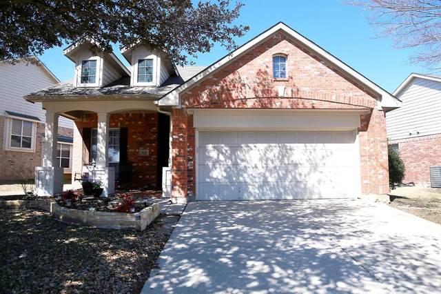 520 Winbridge Lane, Fort Worth, TX 76052 (MLS #14526561) :: The Kimberly Davis Group