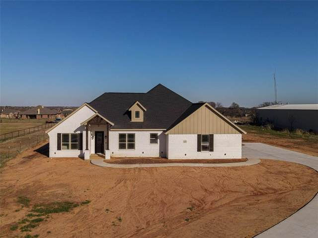 125 Remington Park Drive, Springtown, TX 76082 (MLS #14527146) :: All Cities USA Realty