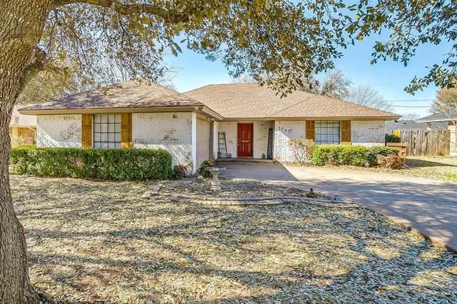 1005 Lena Street, Cleburne, TX 76033 (MLS #14527149) :: Real Estate By Design