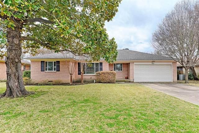 803 Scottsdale Drive, Richardson, TX 75080 (MLS #14527488) :: Lyn L. Thomas Real Estate | Keller Williams Allen