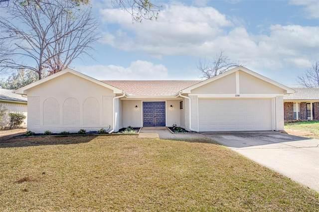 1208 San Marcos Drive, Arlington, TX 76012 (MLS #14527830) :: EXIT Realty Elite