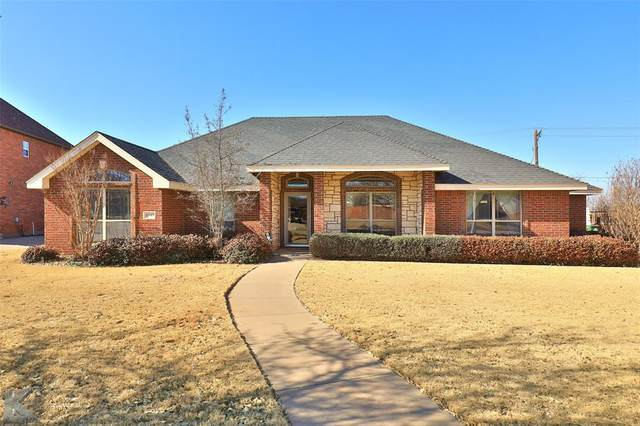 4542 Cougar Way, Abilene, TX 79606 (#14528006) :: Homes By Lainie Real Estate Group