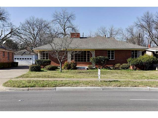 7137 E Mockingbird Lane, Dallas, TX 75214 (#14528156) :: Homes By Lainie Real Estate Group