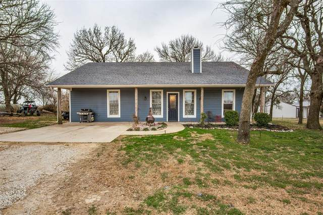 5480 New Hope Road, Aubrey, TX 76227 (#14528251) :: Homes By Lainie Real Estate Group