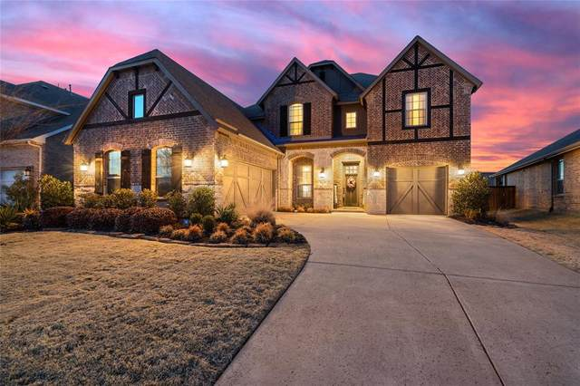 9805 Trinity Drive, Oak Point, TX 75068 (MLS #14528362) :: Real Estate By Design
