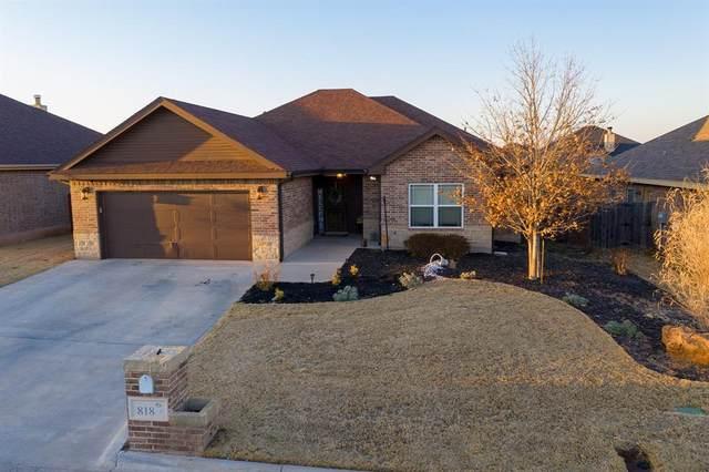 818 Great Waters Drive, Abilene, TX 79602 (MLS #14528557) :: Real Estate By Design