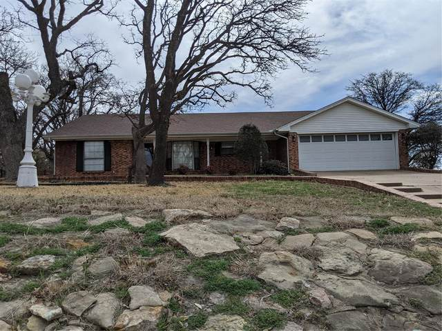 1504 Roanoake Drive, Graham, TX 76450 (MLS #14529089) :: The Chad Smith Team