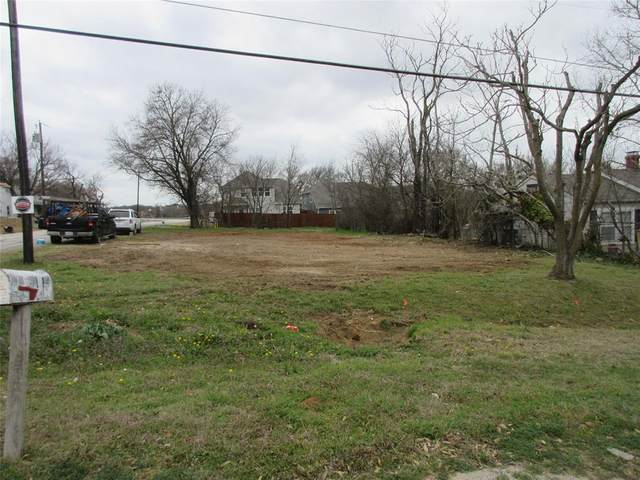 114 Denton Street E, Argyle, TX 76226 (MLS #14529509) :: The Mauelshagen Group