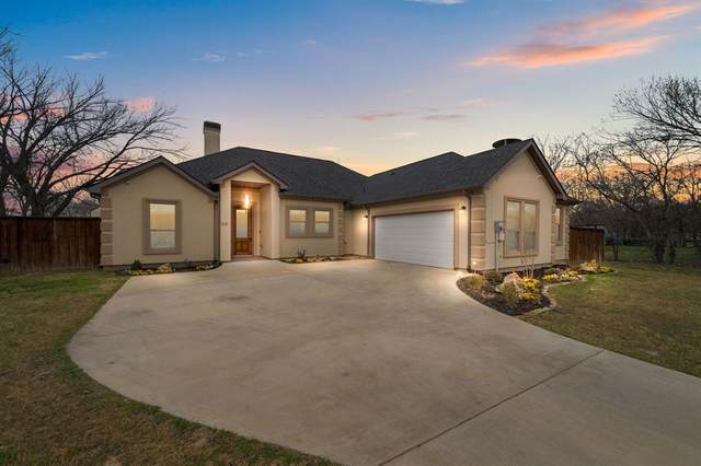 213 E Barron Avenue, Everman, TX 76140 (MLS #14529522) :: The Chad Smith Team