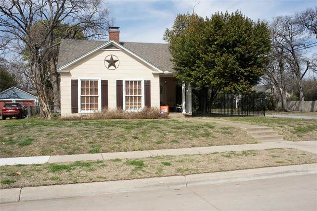 3613 Clary Avenue, Fort Worth, TX 76111 (MLS #14529640) :: The Chad Smith Team