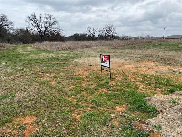 000 Ridge Drive, Denison, TX 75020 (MLS #14529805) :: Results Property Group