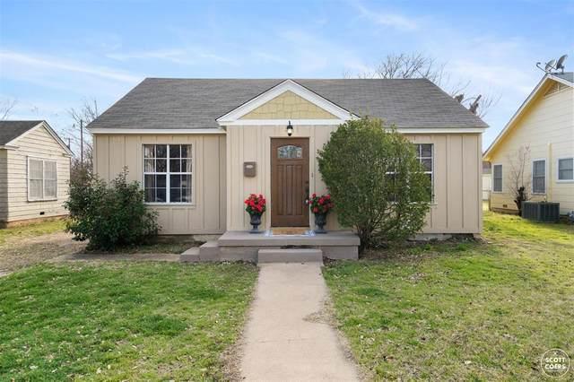 2313 1st Street, Brownwood, TX 76801 (MLS #14529813) :: Team Hodnett