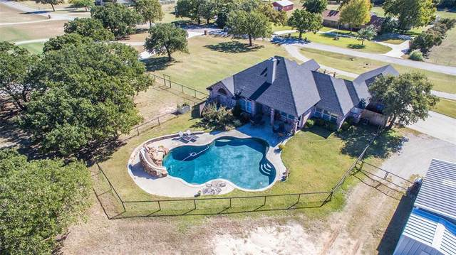 3003 Wild Horse Road, Decatur, TX 76234 (#14529944) :: Homes By Lainie Real Estate Group