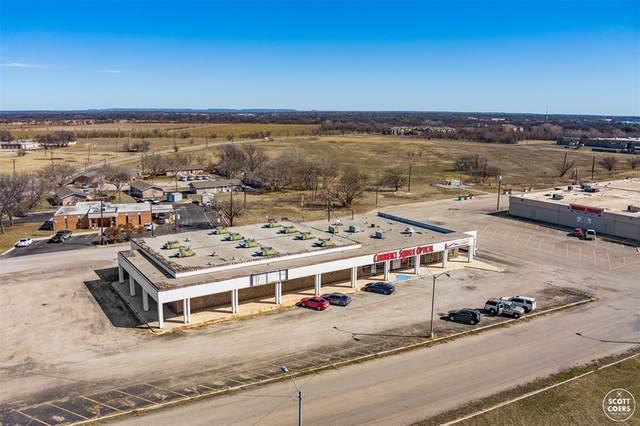 537 W Commerce Street, Brownwood, TX 76801 (MLS #14530638) :: KW Commercial Dallas