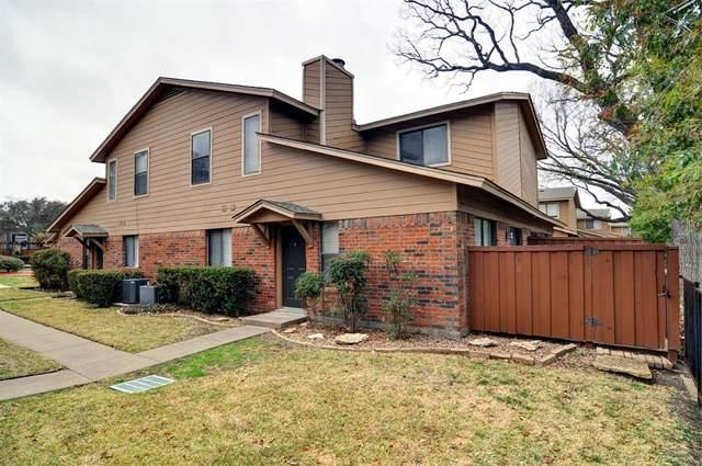 5666 Cedar Creek Drive, Benbrook, TX 76109 (MLS #14530987) :: The Chad Smith Team
